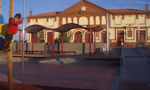Plaza Estación Zuera 1