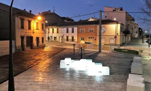 Plaza Villanueva de Gállego noche